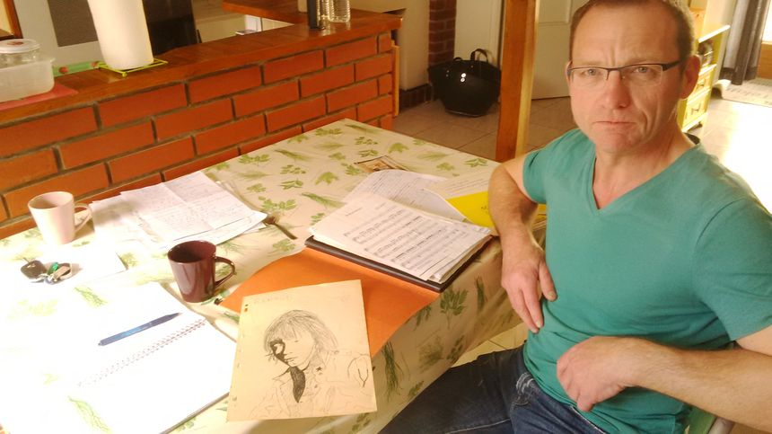 Fabrice a dessiné le portrait de Renaud, lorsqu'il avait 16 ans