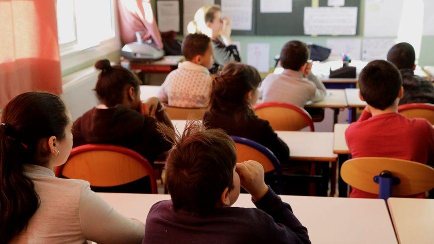 Les instituteurs toucheront désormais autant que les profs du secondaire