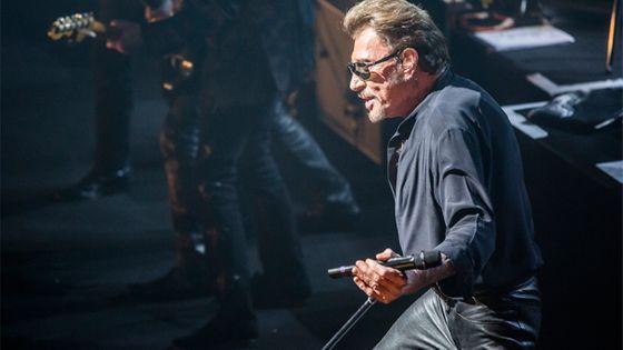 Johnny Hallyday Performs in Concert in Barcelona © Xavi Torrent / Contributeur