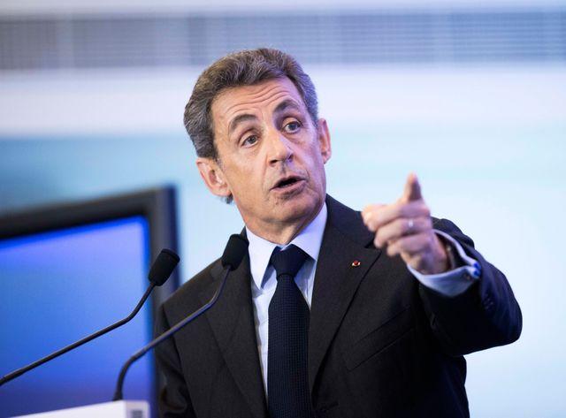 Sarkozy sème le trouble dans son camp.