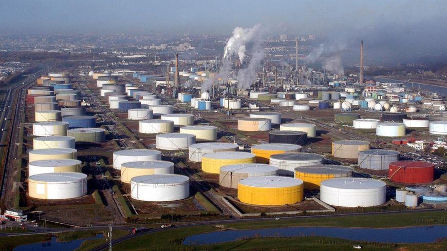 La raffinerie Total de Normandie a voté l'arrêt complet