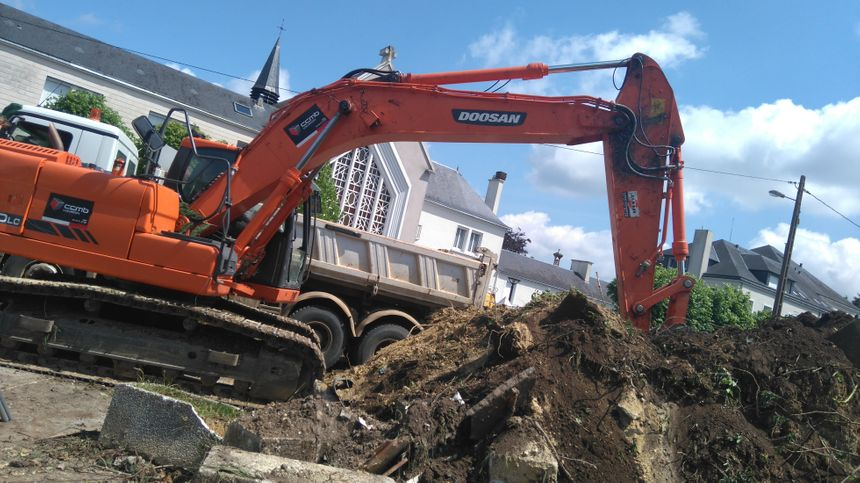 Les engins de terrassement ont commencé leur travail dès lundi