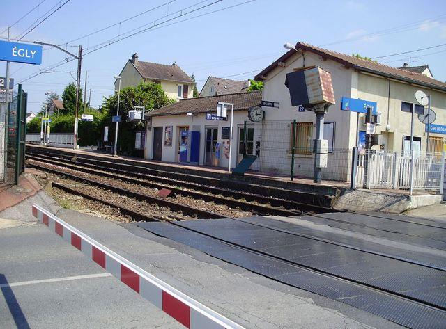 Gare d'Egly