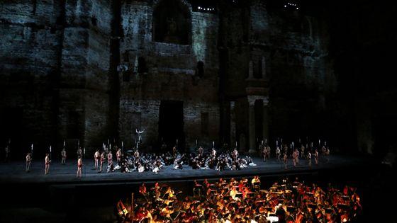 Une représentation de Nabucco de Verdi aux Chorégies d'Orange en 2014 ©PhotoPQR/LaProvence/Maxppp