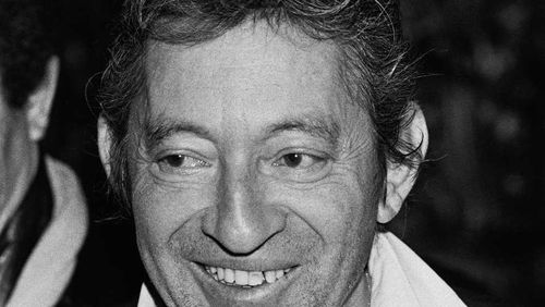 """Une journée avec Serge Gainsbourg (1/4) : Serge Gainsbourg : """"J'étais amoureux de Charles Trenet, tout gamin j'avais une fixation sur lui"""""""