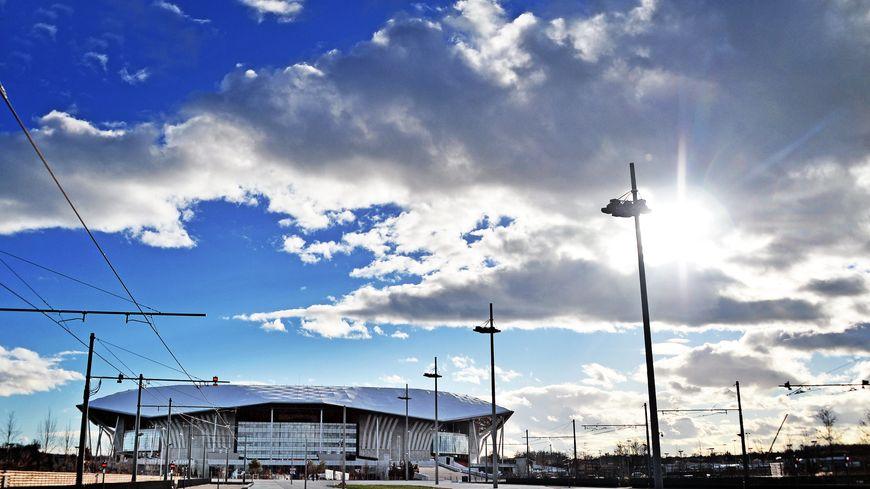 Le stade des Lumières à Lyon et sa ligne de tramway !