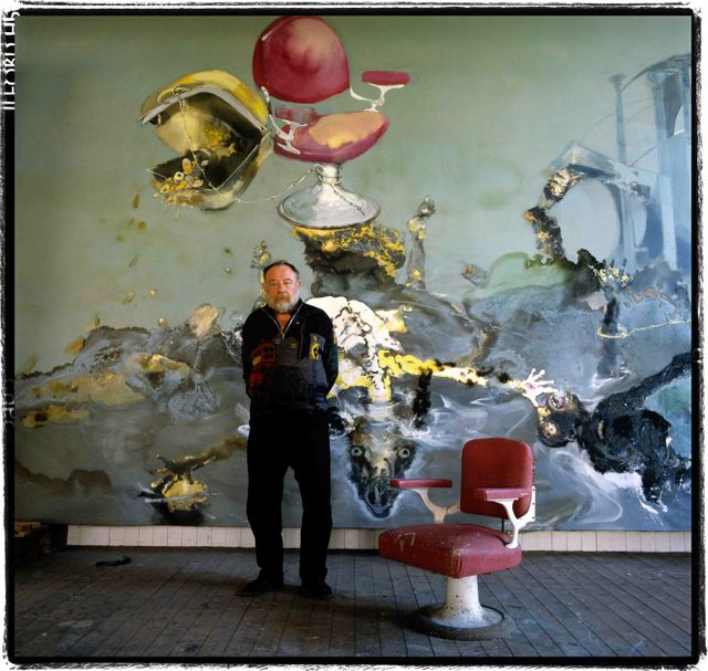 Paul Rebeyrolle dans son atelier à Boudreville, 1988. Chassins, collection Gérard Rondeau