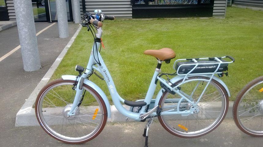 un vélo électrique Easy Bike en location à Saint-Lô