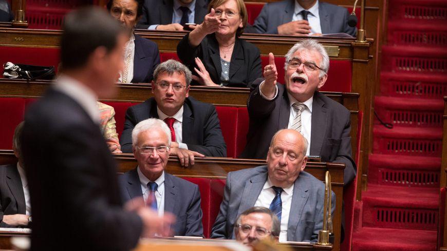 Andre Chassaigne et Marie-George Buffet invectivent Manuel Valls.
