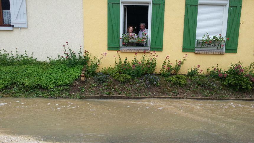 A Rosoy la route de la Charbonnière s'est transformée en rivière