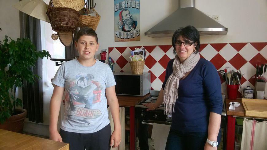 Isabelle et son fils Edouard ont appris à changer leurs habitudes