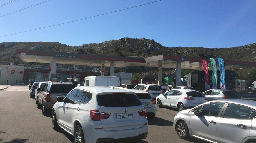 Le Depot Petrolier De Fos Sur Mer Bloque De Plus En Plus De