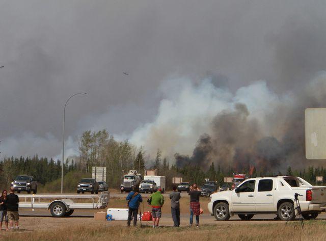 Incendies au Canada, les pluies redonnent de l'espoir.