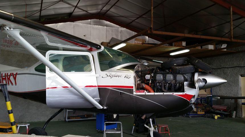 Un atelier de maintenance aéronautique
