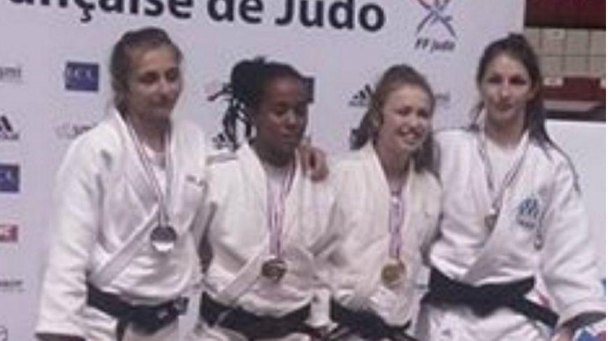 Podium aux championnats de France de judo - Comité de judo de Vaucluse