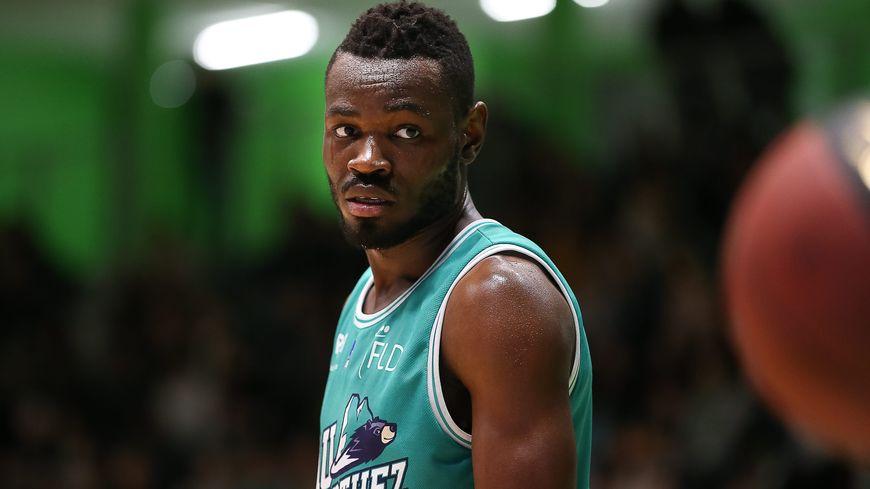 Yannick Bokolo 6 points, n'a rien pu faire face aux guerriers Strasbourgeois