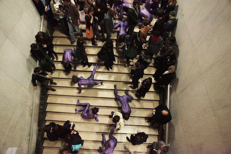 Meute monochrome violet métallisé, Palais de Tokyo, Paris, 2012