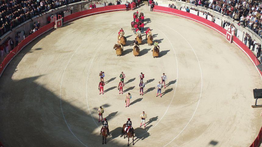 Quadrillo entrant dans les arènes lors de la Feria de Nîmes 2013