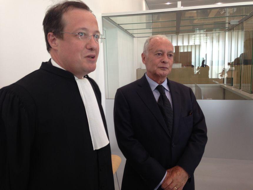 Joël Martinez (à droite) et son avocat au tribunal correctionnel de Caen.
