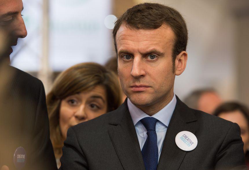 E. Macron vient à Orléans dans un contexte politique électrique