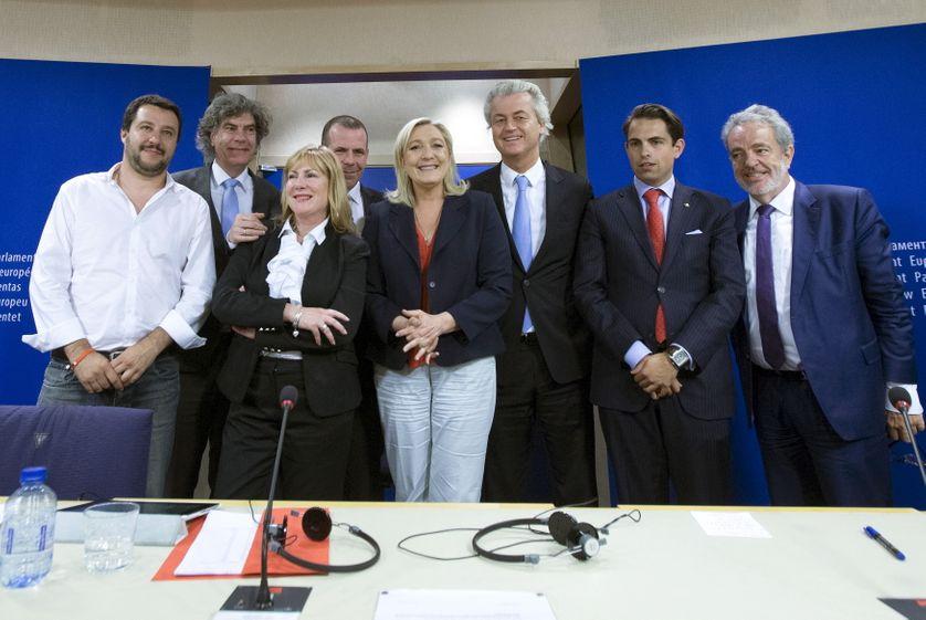 Avec 39 membres, le groupe ENL est le plus petit du Parlement de l'UE