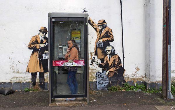 Banksy cabine téléphonique