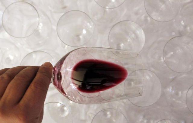 la filière viticole bordelaise vigilante après l'annonce de la chine