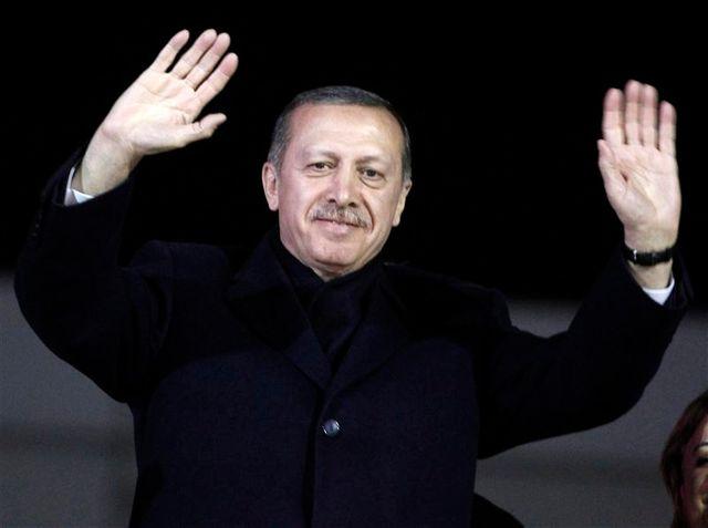 recep tayyip erdogan acclamé par ses partisans