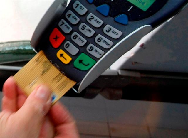 une vaste escroquerie à la carte bancaire mise à jour