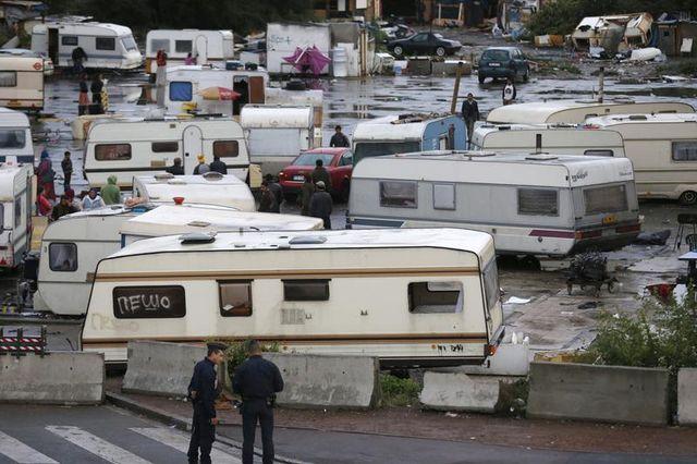 une commission parlementaire appelle à faciliter l'intégration des roms