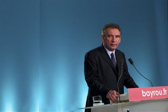 un candidat ump investi pour affronter françois bayrou aux législatives