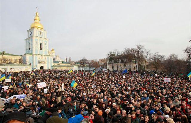 la mobilisation pro-européenne se poursuit en ukraine