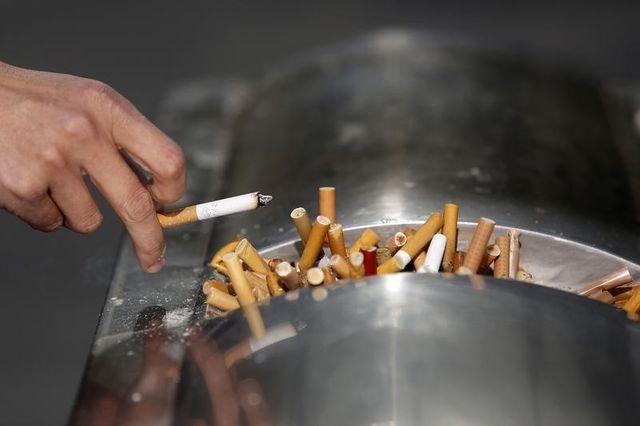 reynolds condamné à payer 23 milliards de dollars à la veuve d'un fumeur