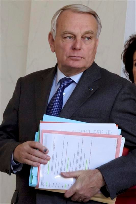 jean-marc ayrault annonce une remise à plat de la fiscalité pour 2015