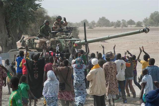 la france favorable au déploiement d'observateurs étrangers au mali