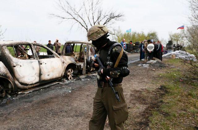 attaque meutrière d'un checkpoint tenu par les pro-russes dans l'est de l'ukraine