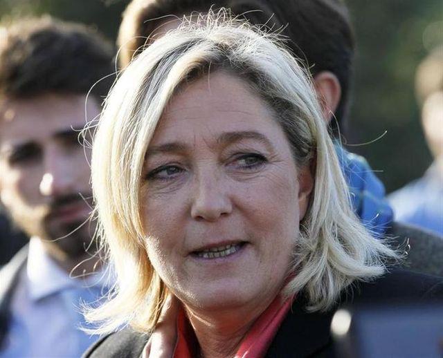 marine le pen pour un référendum sur le maintien de la france dans l'union européenne