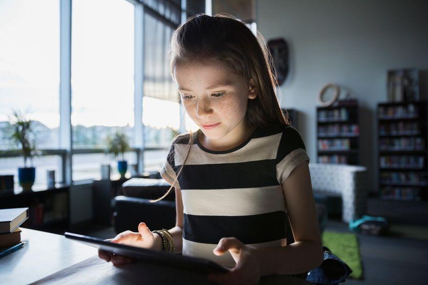 Le smartphone, la tablette peuvent amener à la lecture