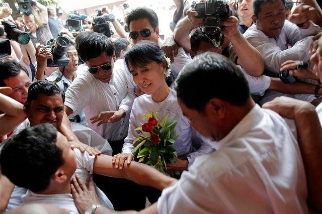 la lnd dit avoir remporté 44 des 45 sièges en jeu en birmanie