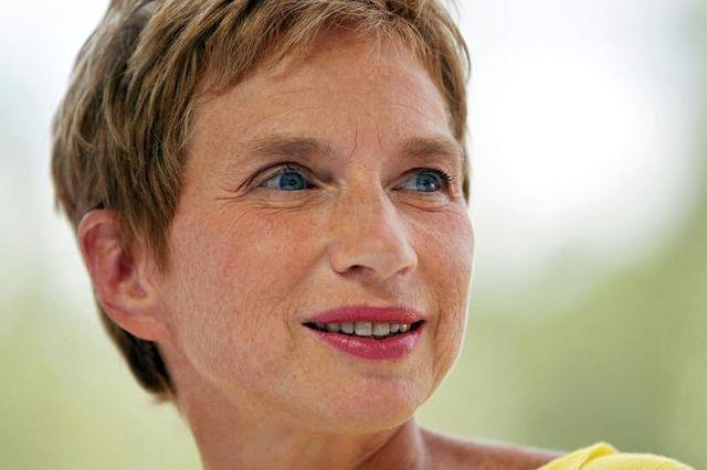 laurence parisot critique la loi d'amnistie sociale