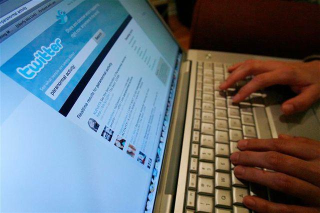 ufc-que choisir met en demeure les réseaux sociaux de se conformer à la loi française