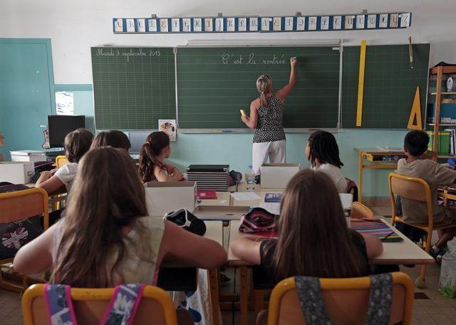 christian jacob appelle au report de la réforme de l'école