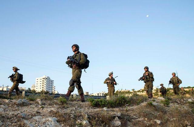 recherches renforcées en israël pour retrouver les trois jeunes colons enlevés