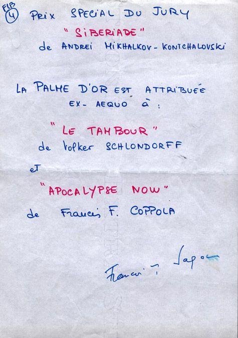 Françoise Sagan, présidente du jury, signe après bien des polémiques, le palmarès de l'édition de 1979.