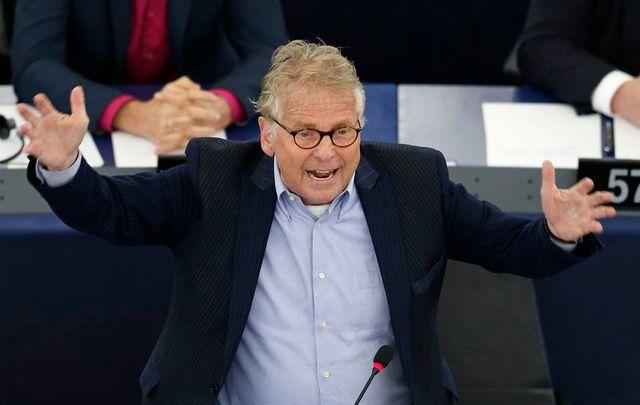 pour son dernier discours à strasbourg, l'eurodéputé daniel cohn-bendit vante le fédéralisme