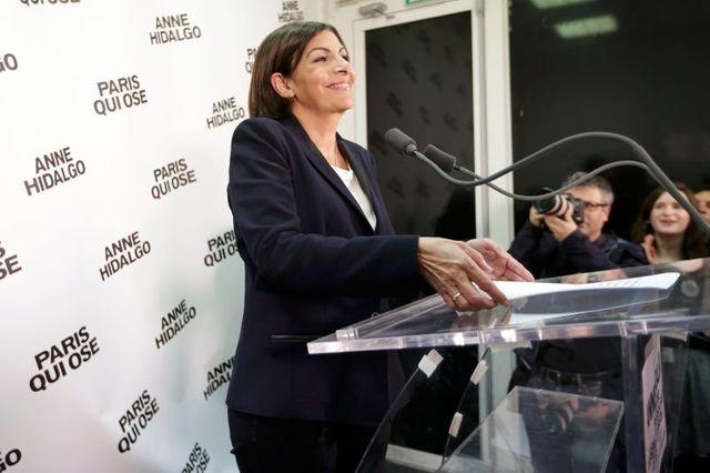 anne hidalgo va devenir la première femme maire de paris