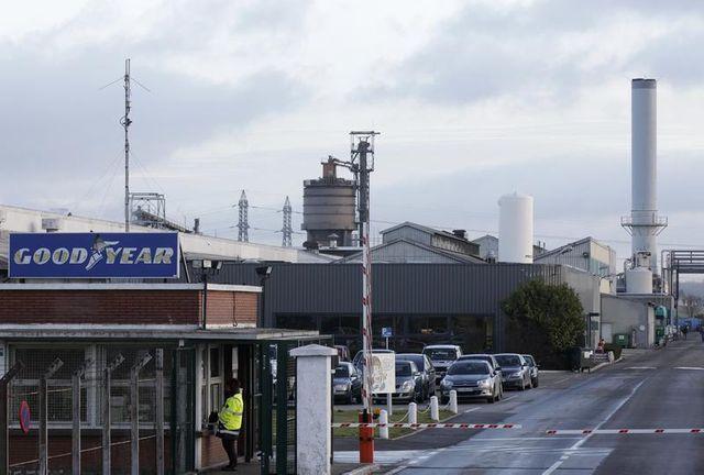 la cgt favorable à une négociation avec titan pour l'usine goodyear d'amiens