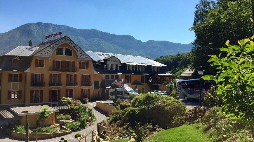 L'hôtel des Trésoms sur les hauteurs du lac d'Annecy. C'est ici que loge depuis le début de l'Euro l'équipe d'Islande.