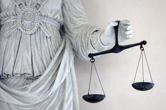 le syndicalisme dans la magistrature mis en cause par henri guaino