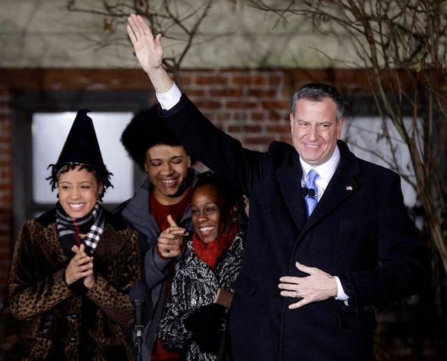 bill de blasio prête serment comme maire de new york